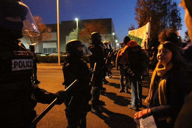 "Lessons Learned from Occupy Oakland: Tactical Response to ""Kettling"""