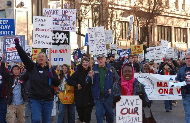 Postal Union Representatives Team up with Occupy