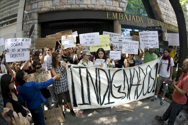 A Report on the Origins and Progress of Occupy Rosario (Argentina)