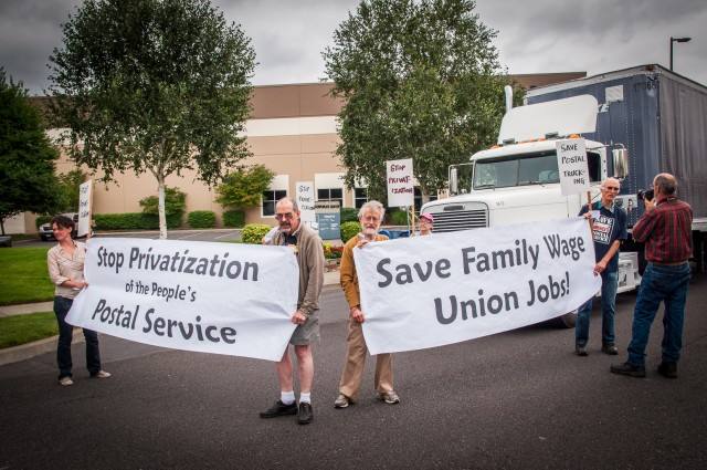 Postal Activists Blockade Private FIrm USPS Sliding Out of Public Hands