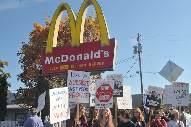 Fast Food Workers Forcing Fight Over Fair Wages