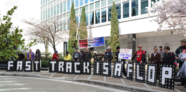 TPP Foes Maintain Dogged Resistance, Lobby Wyden to Shun Fast Track Legislation